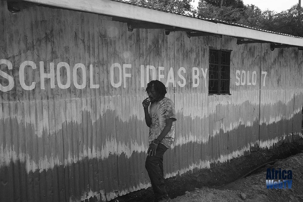 School of Ideas by Solo 7 in Kibera