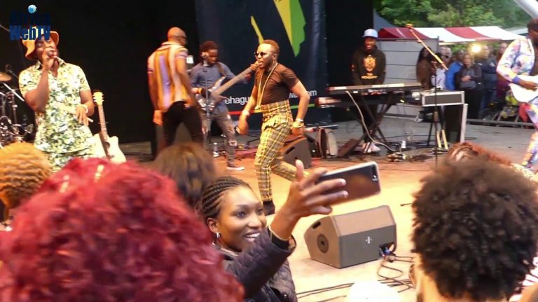 Sauti Sol singing Kuliko Jana at The Hague African Festival